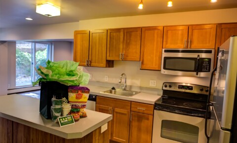 Apartments Near MSU West Village for Michigan State University Students in East Lansing, MI