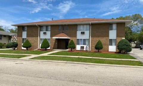 Apartments Near Rock Valley College  1617 Overdene Ave for Rock Valley College  Students in Rockford, IL