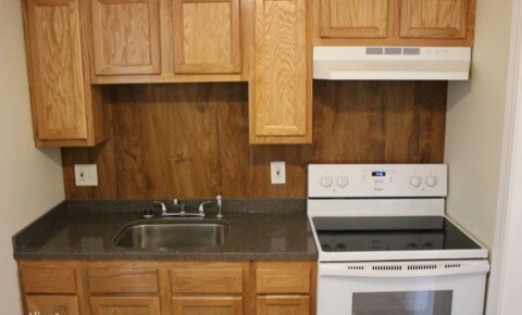 Apartments Near Marshall 1019 11th St 1 for Marshall University Students in Huntington, WV
