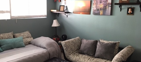 Dorm style room for Rent in Ladera Heights