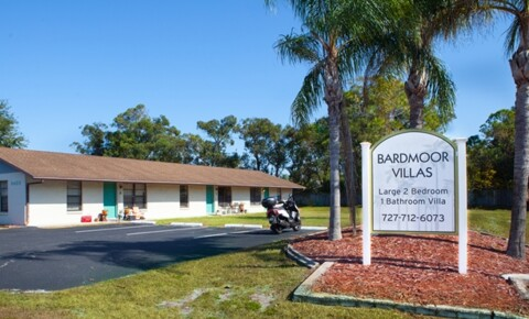 Houses Near Eckerd Bardmoor Villas for Eckerd College Students in Saint Petersburg, FL