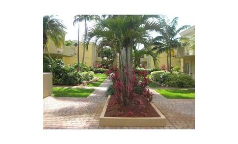Apartments Near St. Thomas 17901 NW 68th Ave # 202 for St. Thomas University Students in Miami Gardens, FL