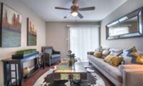 Apartments Near SMU 5200 Martel Ave for Southern Methodist University Students in Dallas, TX