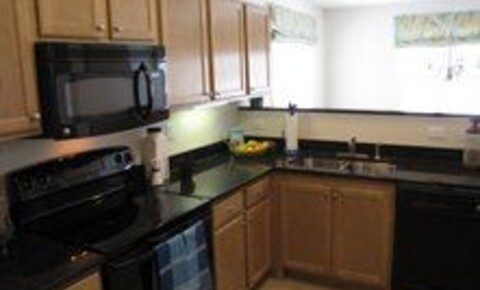 Apartments Near UNC Charlotte 9740 Ashley Lake Ct. Apt 28300-1 for University of North Carolina at Charlotte Students in Charlotte, NC