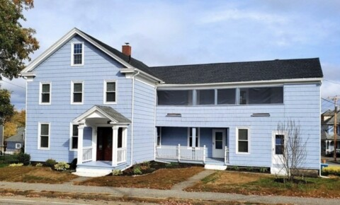 Apartments Near Holy Cross Large Spacious 4-5 Bedroom for College of the Holy Cross Students in Worcester, MA