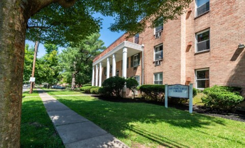 Apartments Near CSE 600-610 East Front St 3C for College of Saint Elizabeth Students in Morristown, NJ