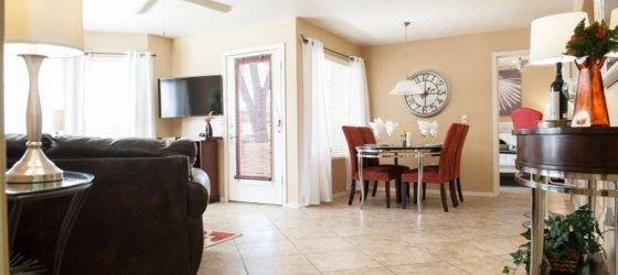 2 bedroom Paradise Valley