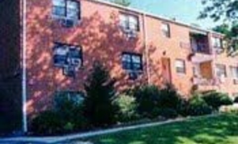 Apartments Near Dominican College South Broadway for Dominican College Students in Orangeburg, NY