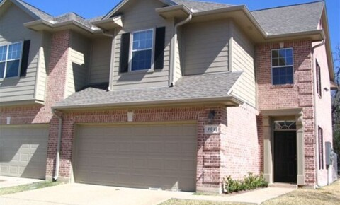 Apartments Near Texas A&M Woodland Court for Texas A&M University Students in College Station, TX